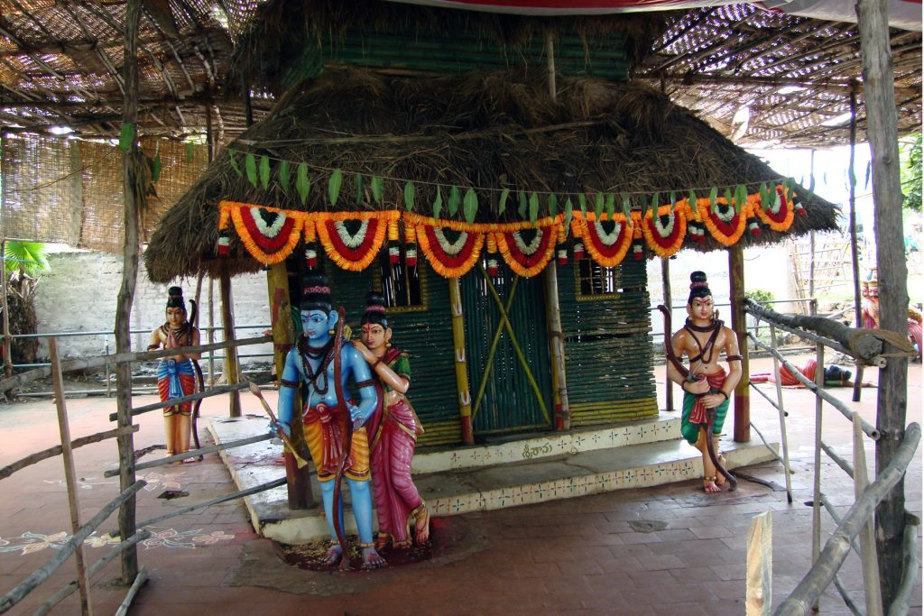 Badrachalam Temple Timings, History, Accommodation Papikondalu