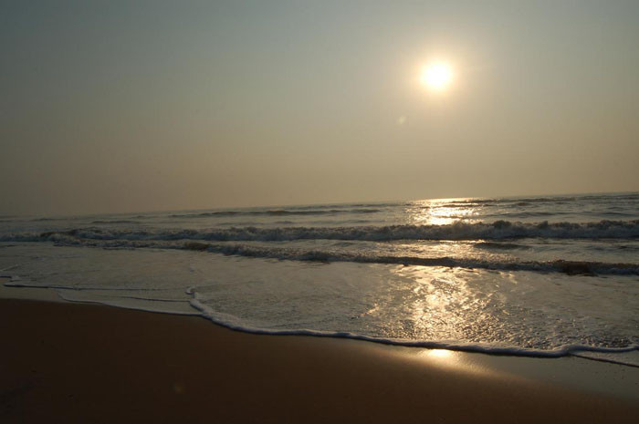 Kalingapatnam Beach View, Timings, Tour Plans near