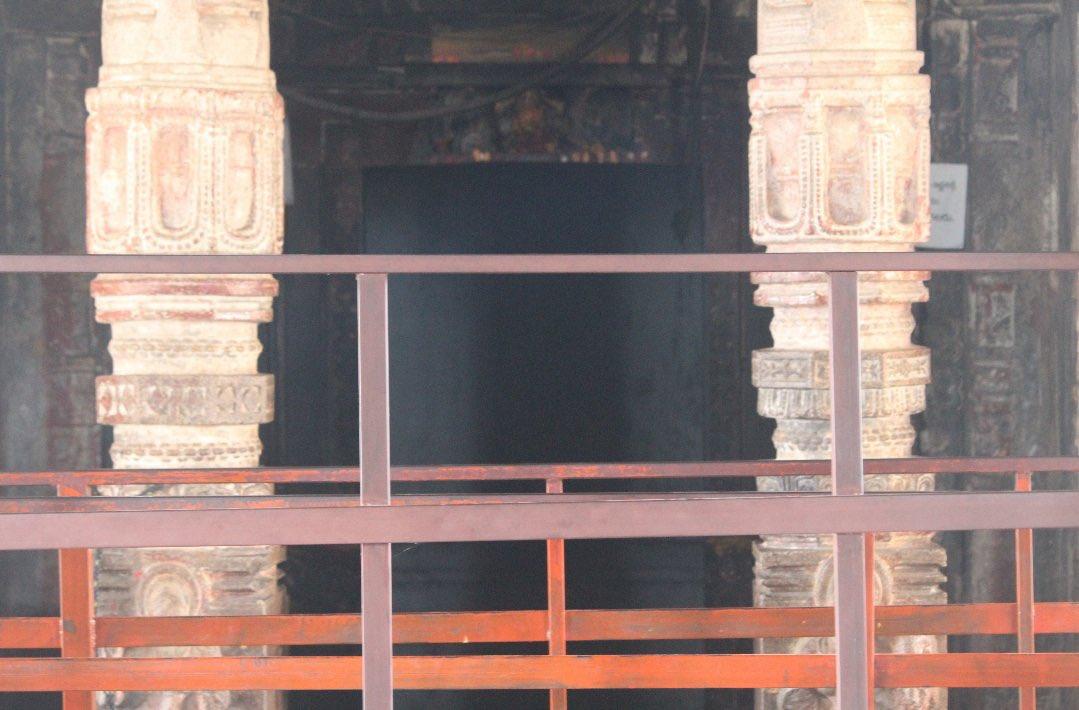 Chaya someswara temple pillar shadow